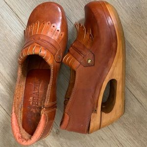 Vintage Shoes - Vintage 70s Leather Clogs Wedge Sandals